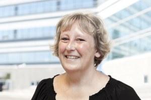 Tina Kok arbejder med Inside sales hos Npvision Group